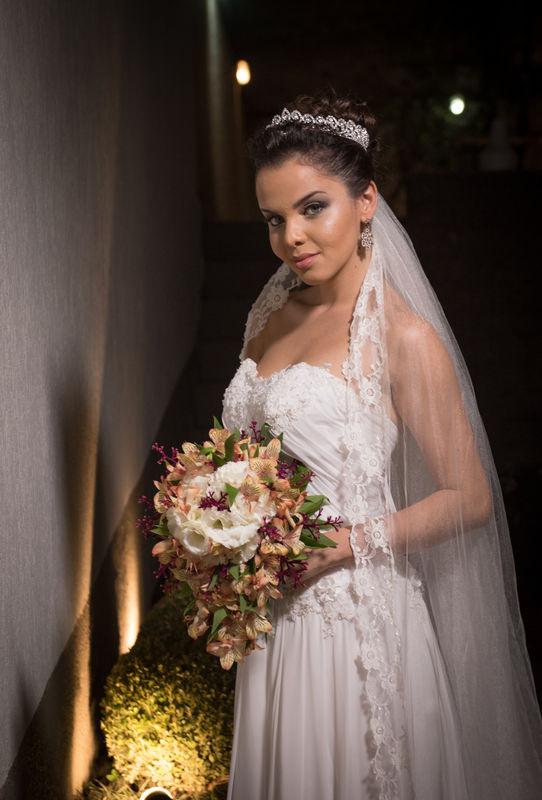 Studio Bride Photo: Alexandre Julião