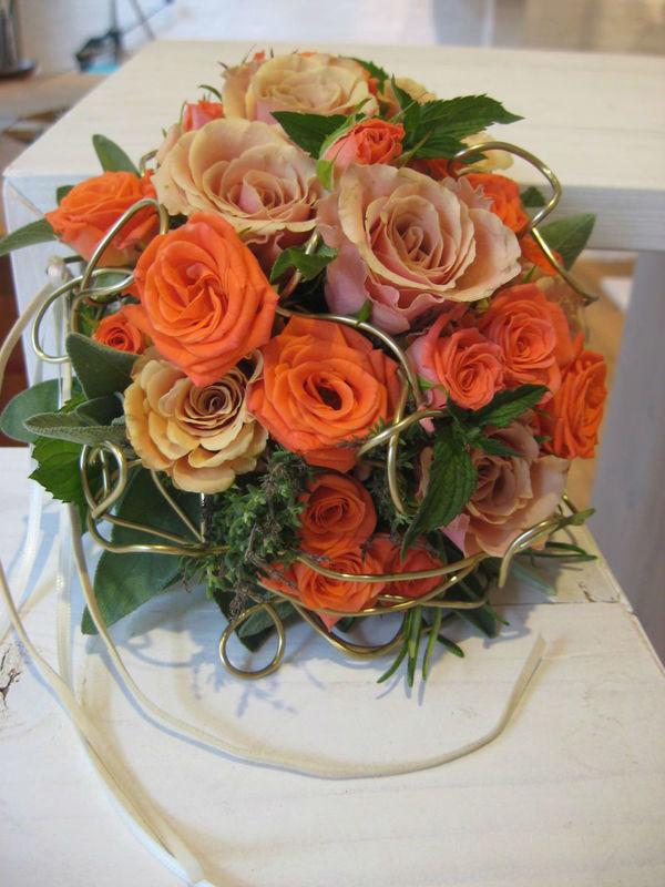 Beispiel: Hochzeitsstrauß, Foto: blumenwerkstatt frankfurt.