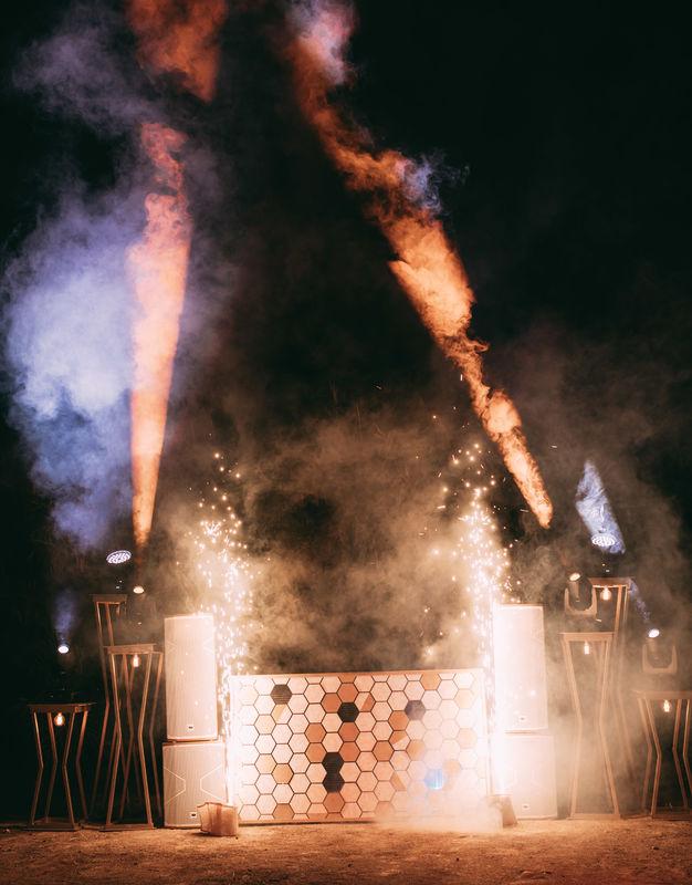 Love Fest - Expertos en fiestones