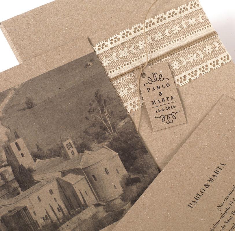 Invitación boda en caja con 6 tarjetones interiores