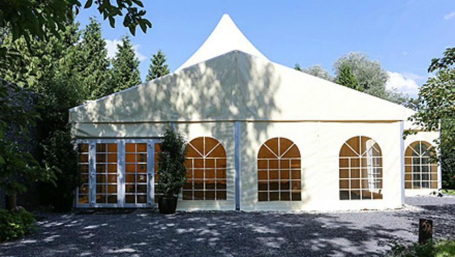 Beispiel: Zelt, Foto: Remund Gartenpark