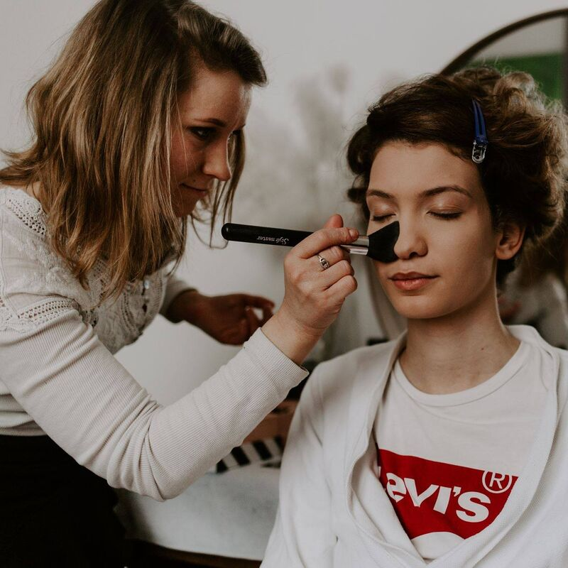 Beauty and Art make-up