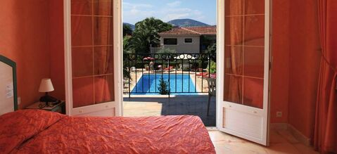 Hôtel Brin d'Azur***