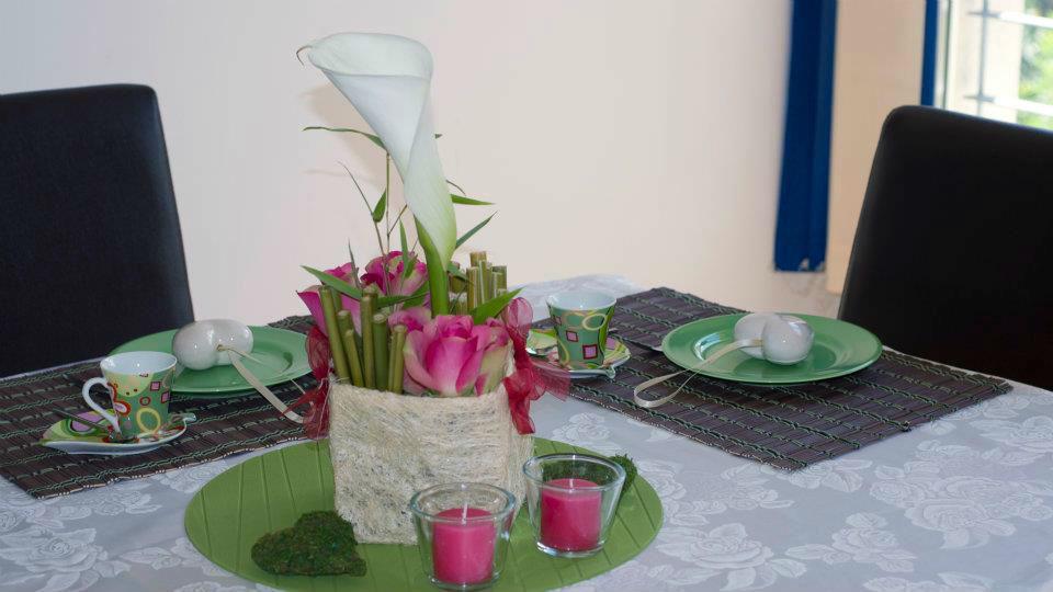 Beispiel: Tischdekoration, Foto: Festdeko.