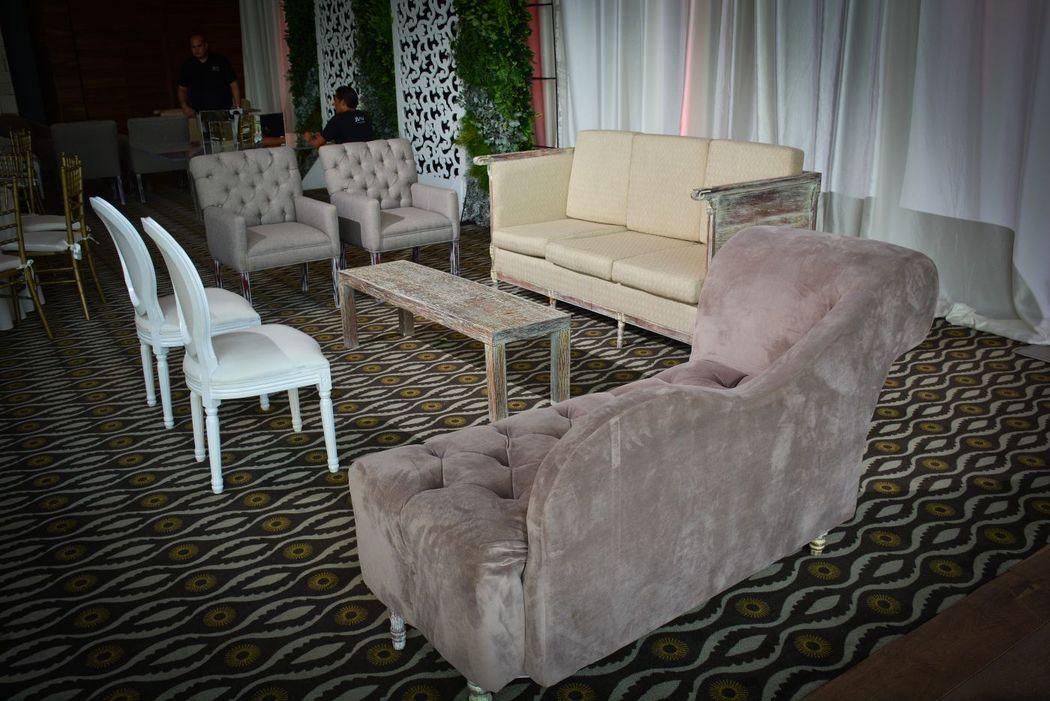 Salas vintage montadas en salón lucen espectaculares.