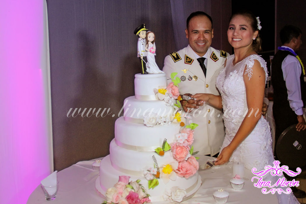 Lina Moron Catering & Wedding Planner