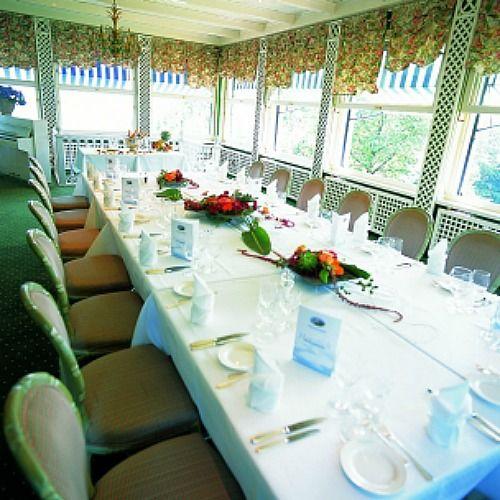 Beispiel: Tischdekoration, Foto: Restaurant Waldmannsburg.