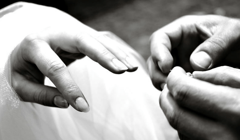 Beispiel: Fotos von der Trauung, Foto: Traumfoto Hochzeitsfotografie.