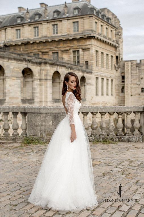 Robe de mariée princesse manches dentelle | Collection 2017 | Veronika Jeanvie