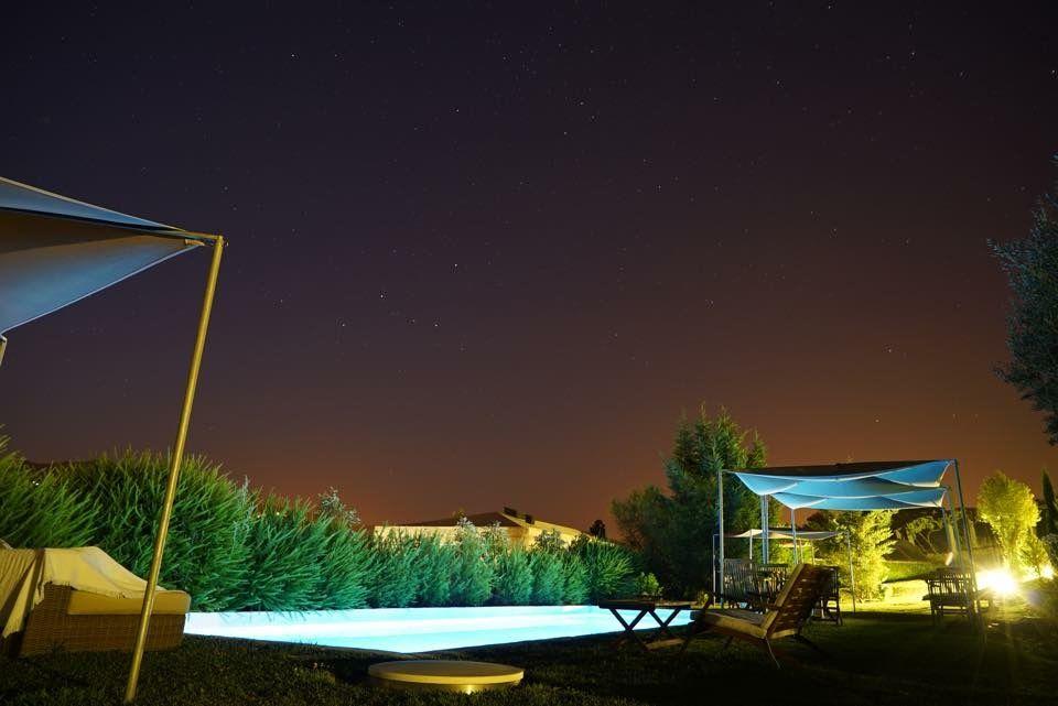 Piscina Carmo's by night