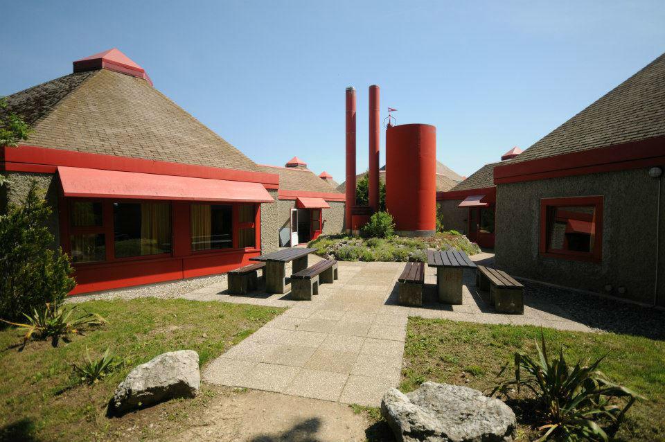 Beispiel: Hotelzimmer - Außenansicht, Foto: Hotel Twannberg.