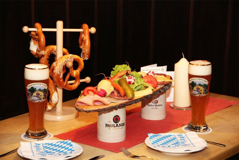 Beispiel: Typisch bayrische Speisen, Foto: Gasthof Hinterbrühl.