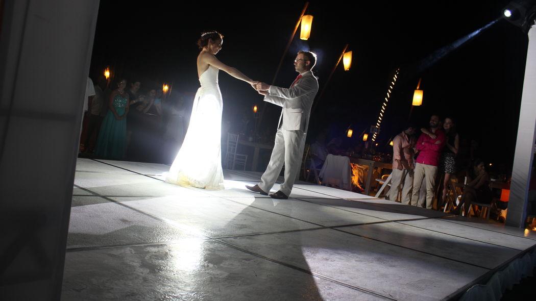 Baile de novios, Acapulco.