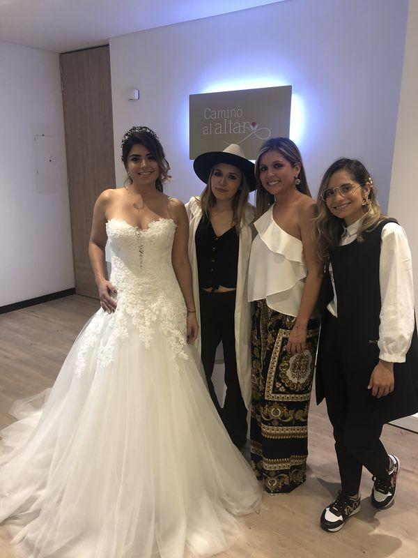Camino Al Altar-Vestidos de Novia Bogotá