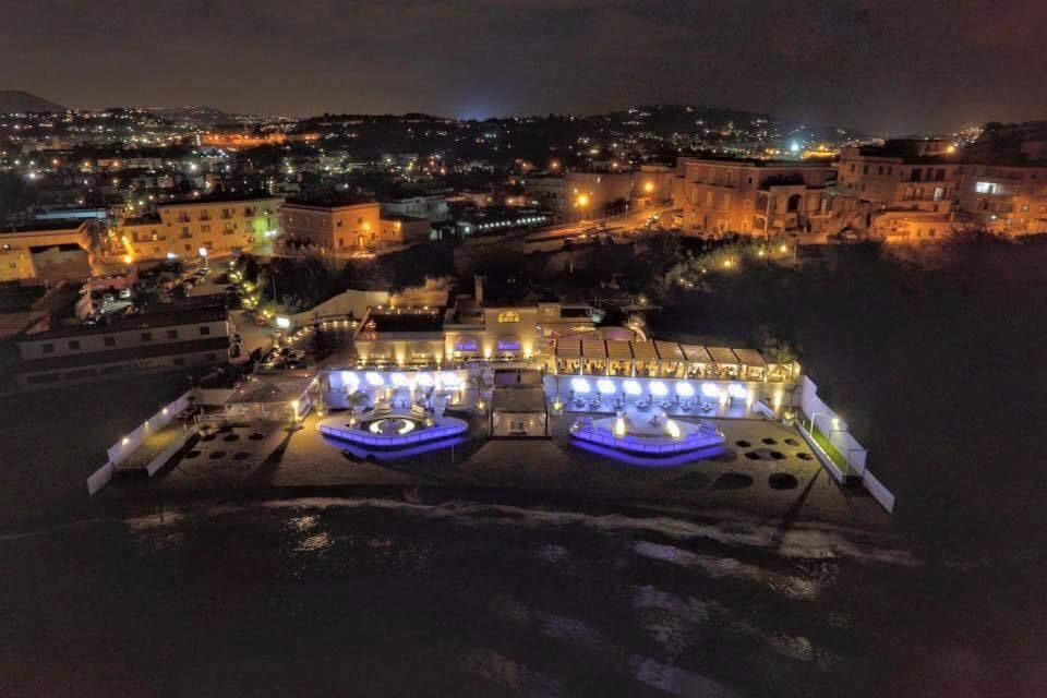 Villa Aragonese by night
