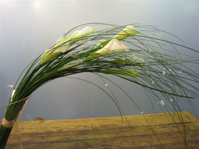Beispiel: Der etwas andere Brautstrauß, Foto: Blumenhandwerk Alexander Muhr.