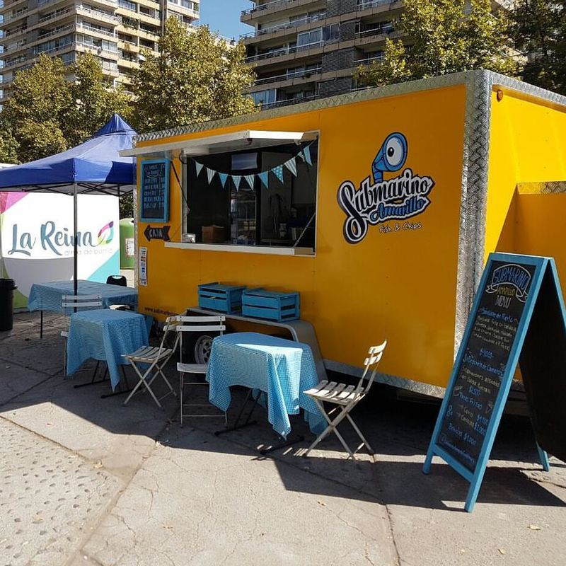 Submarino Amarillo Food Truck