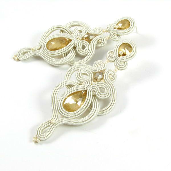 Małgorzata Sowa - PiLLow Design, Biżuteria ślubna sutasz. Ażurowe, dwustronne kolczyki ślubne - kryształy Swarovski, sutasz, srebro
