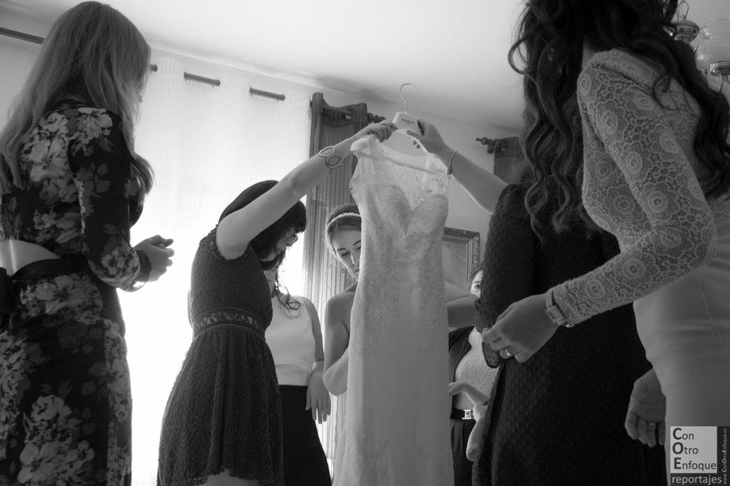 vistiendo a la novia. Carrizosa, Ciudad Real