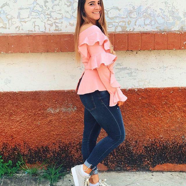 Mónica Montealegre Diseñadora