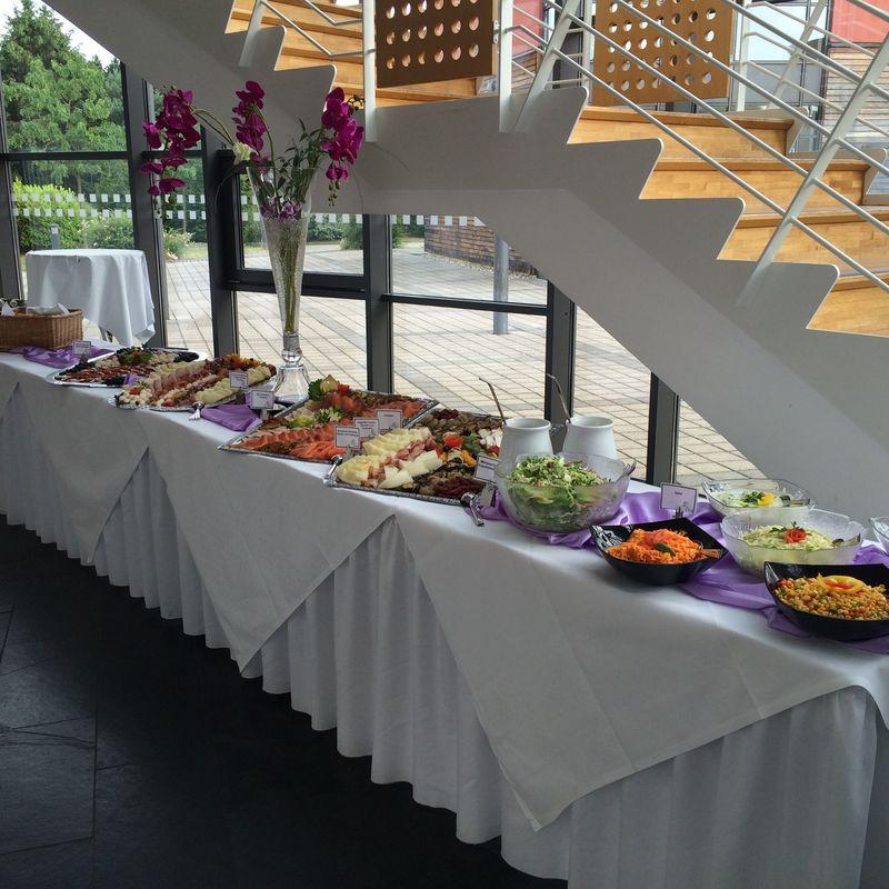 Bespiel: Buffet ; Eventhalle ;  Foto: Centrum für Freizeit und Kommunikation