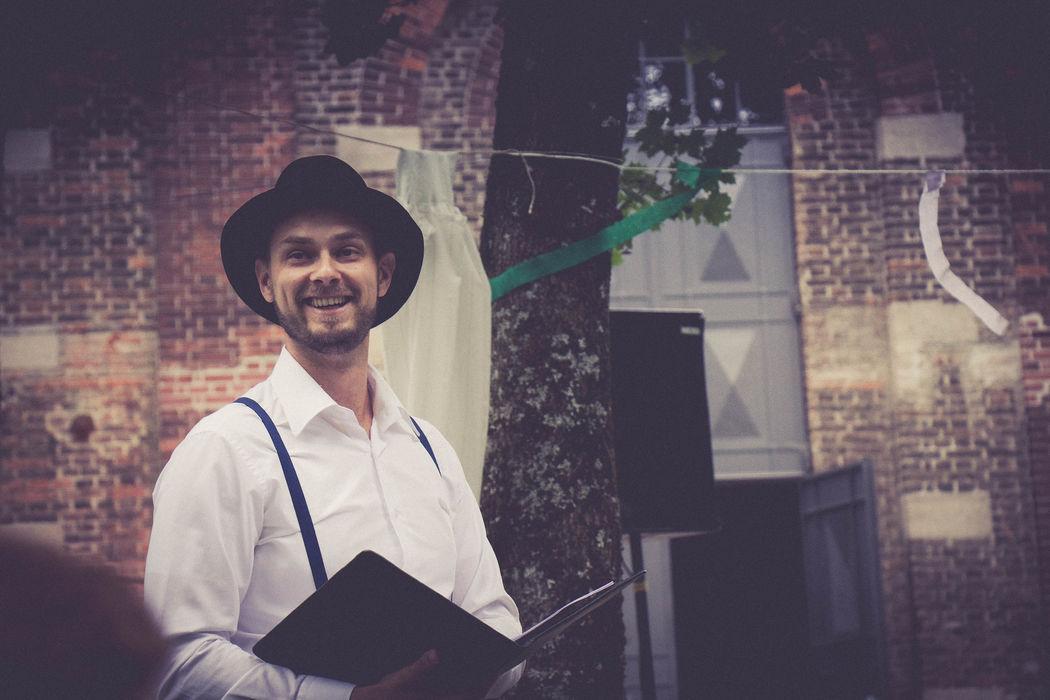Strauß&Fliege - Hochzeitsredner bundesweit