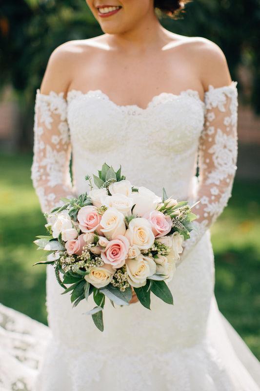 Iris hermosa novia que marco una tendencia en el Perú. Modern Rustic Chic wedding in Lima Iris & Jimmy