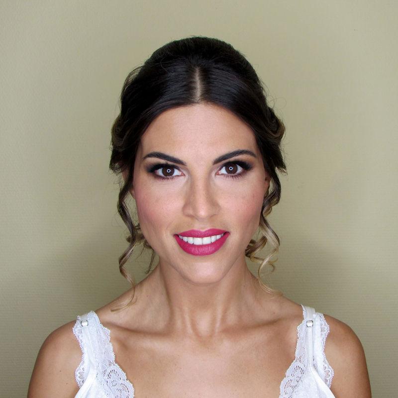 María Ruiz Make-up Artist