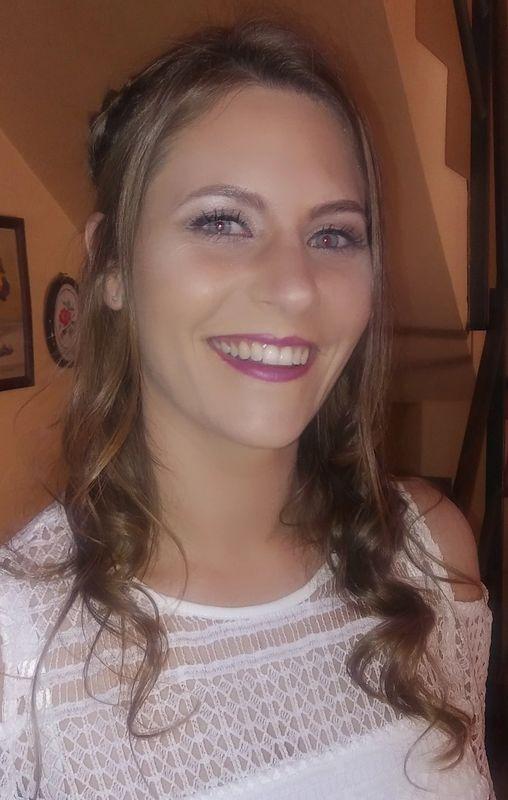 Nayadeth Muñoz de la Cuadra  Maquillaje Profesional