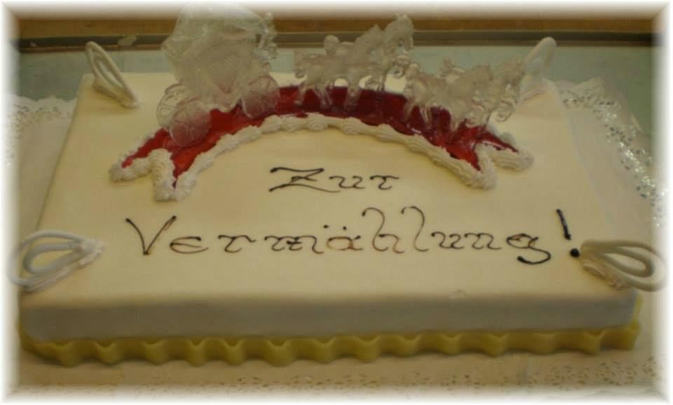 Beispiel: Ihre persönliche Hochzeitstorte, Foto: Konditorei Stadtlehner.