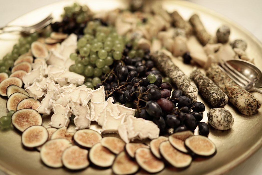 Ménage-à-trois; vegane Käse Variationen