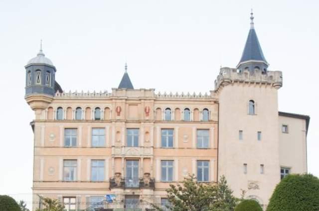 Château de Saint Priest