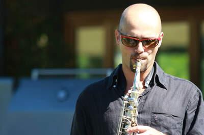 Luca Belloni Dj Sax audio e luci