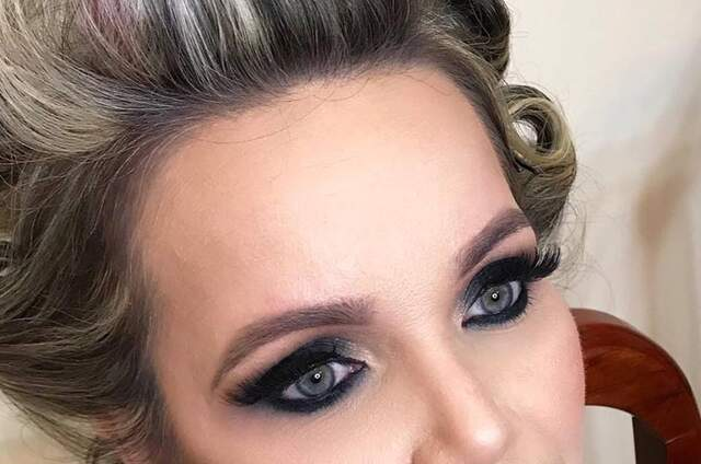 Bruna Galeti Make Up