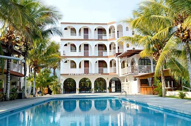 Los Portales Suite Hotel
