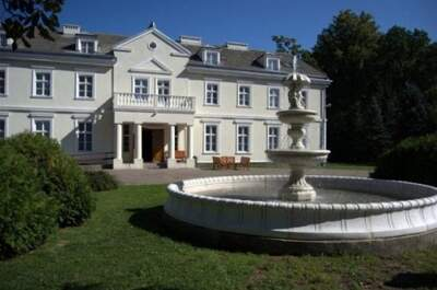 Pałac Morski w Gąskach koło Mielna