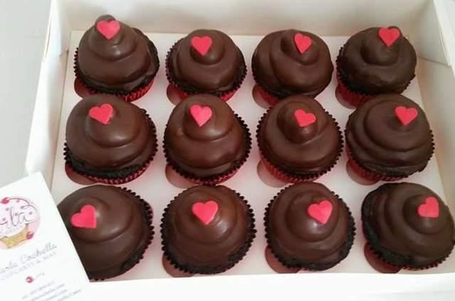 Carla Cochella Cupcakes y Más