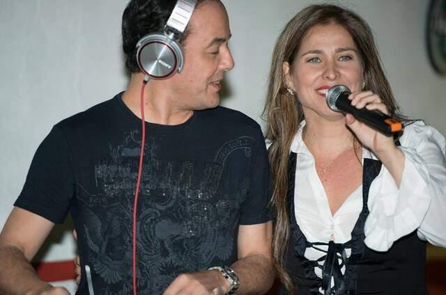DJ Suzuki e Elaine Fiora