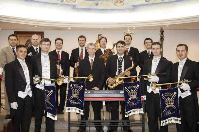 Elite Clarins Produções Musicais Personalizadas e Exclusivas