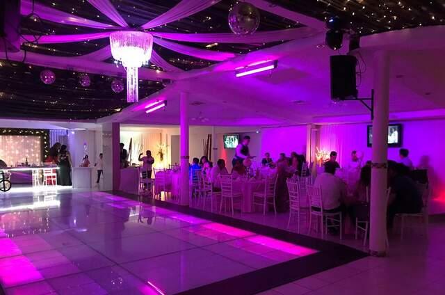 Salón de Eventos Elegance