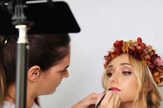 Laura Losa - Maquilladora Profesional
