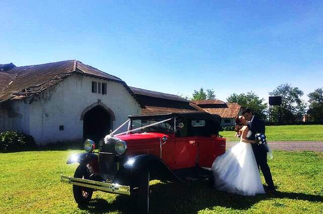 Chicureo Wedding Car