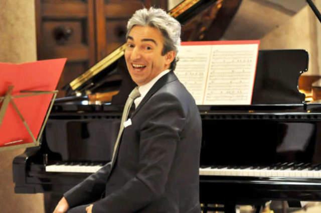 Maestro Christian Raimo & Sposi